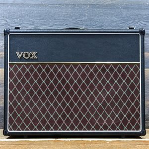VOX AC15C2 CUSTOM TWIN 15-WATT ALL-TUBE 2X12 GUITAR COMBO AMPLIFIER #J08-000537