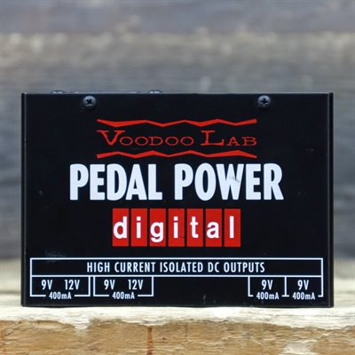 VOODOO LAB PEDAL POWER DIGITAL FOUR 9V ISOLATED HIGH-CURRENT POWER SUPPLY AVEC BOITE