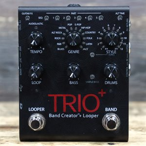DIGITECH TRIO+ BAND CREATOR + LOOPER AND BUILT-IN EFFECTS W/FOOTSWITCH & ADAPTER